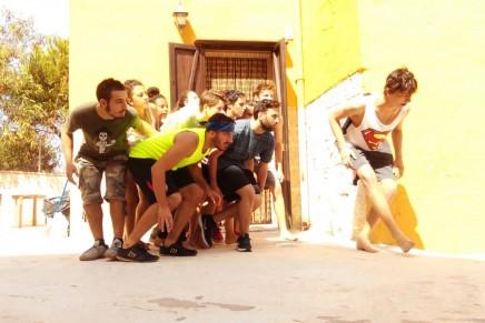 15 ikasle eta irakasle Italian